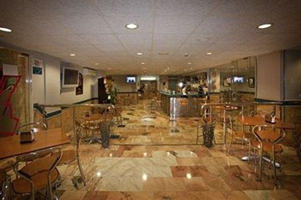 Отель City House Alisas Santander - фото 14