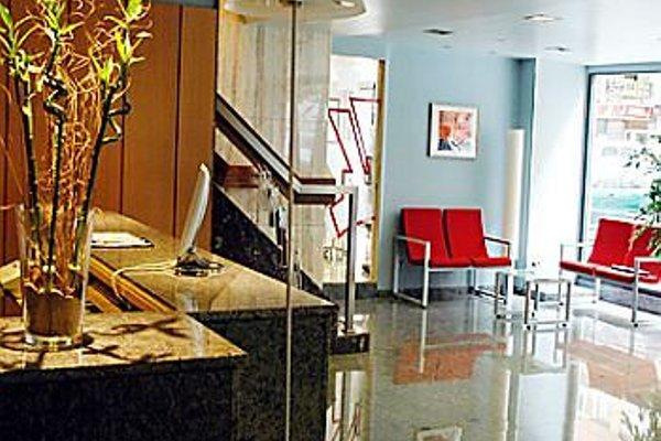 Отель City House Alisas Santander - фото 3