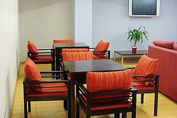 Отель City House Alisas Santander - фото 4