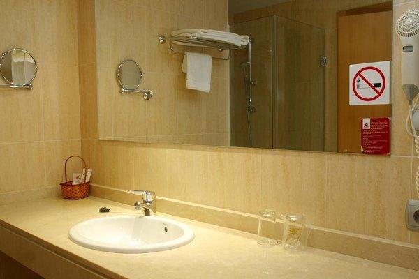 Отель City House Alisas Santander - фото 6