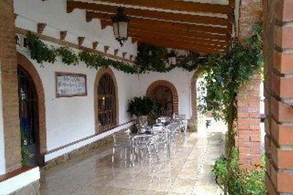El Meson Despenaperros Hotel - 17