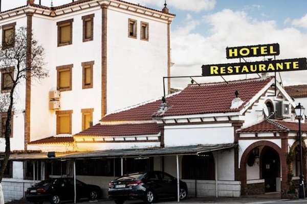 El Meson Despenaperros Hotel - 20
