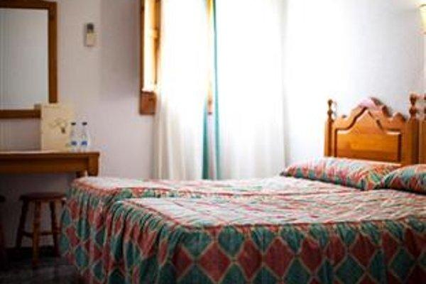 El Meson Despenaperros Hotel - 4