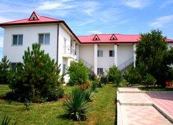 Фото 1 отеля Натали - Черноморское, Крым