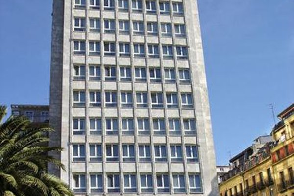 Hotel Tryp San Sebastian Orly - 50