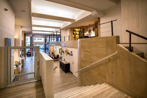 Hotel Tryp San Sebastian Orly - 16