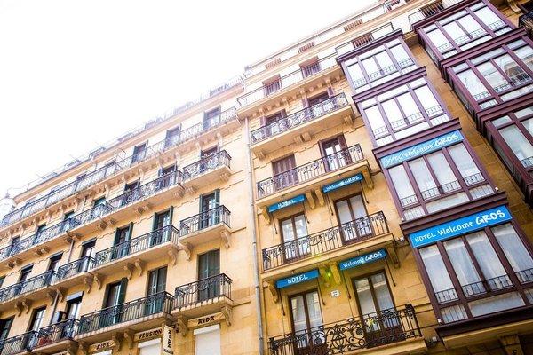 Welcome Gros Hotel y Apartamentos - фото 35