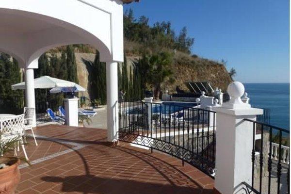 Villas Nerjazul El Penoncillo Beach - фото 10