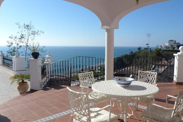 Villas Nerjazul El Penoncillo Beach - фото 9