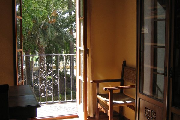 Hotel Torre Sant Joan - фото 15