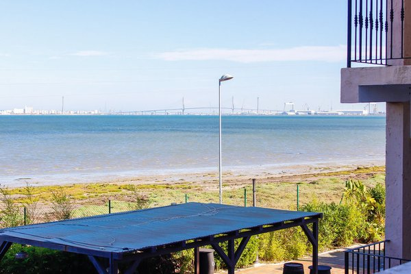 Hotel y Apartamentos Bahia Sur - фото 18