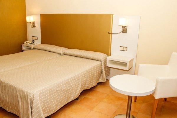 Hotel y Apartamentos Bahia Sur - фото 4