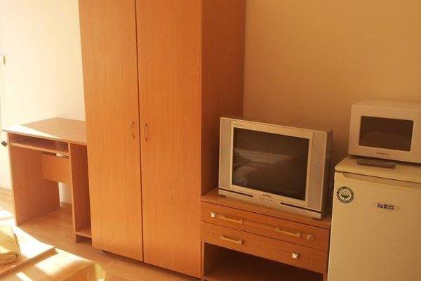 Family Hotel Liana - фото 6