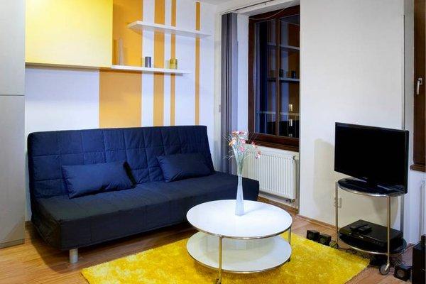 Orange & Yellow Apartments - фото 19