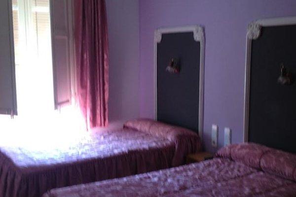 Hostal Porta de Ferro - фото 3