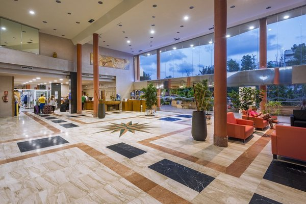 4R Regina Gran Hotel - фото 11