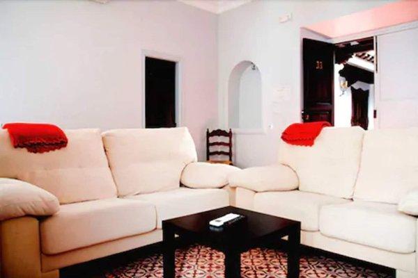 Apartamentos La Ciudad - 9