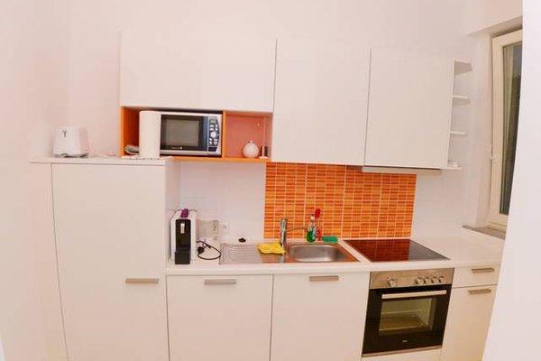 Joe's Apartments - 1010 - 12
