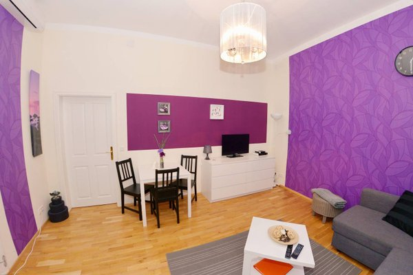 Joe's Apartments - 1010 - 9