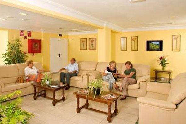 Apartamentos La Carabela - фото 3