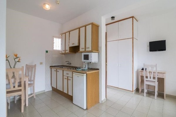 Apartamentos La Carabela - фото 6
