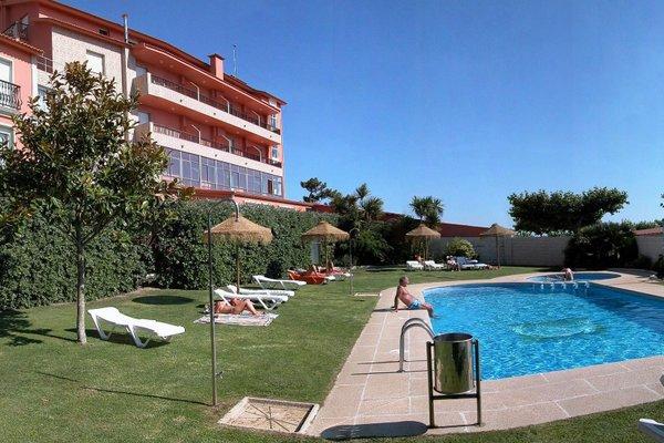 Hotel VIDA Playa Paxarinas - 21