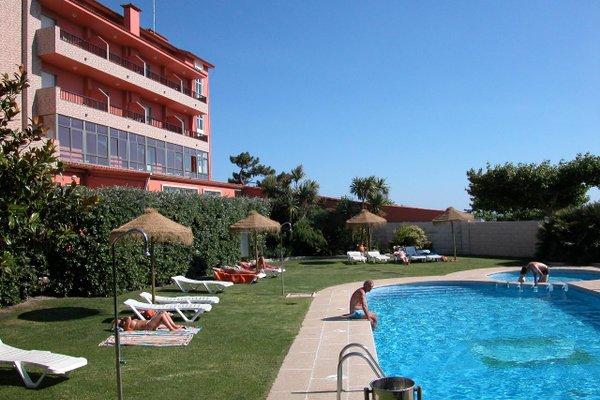 Hotel VIDA Playa Paxarinas - 22