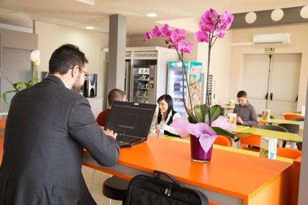 B&B Hotel Valencia Aeropuerto - 16