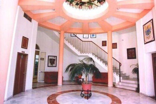 Hotel Castillo - 16