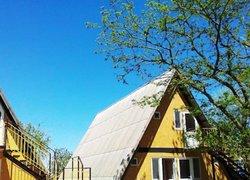 Фото 1 отеля База Отдыха Коронелли - Береговое, Крым
