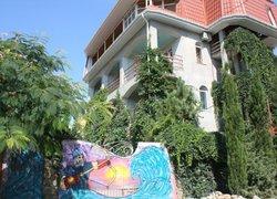 Бунгало у Романа фото 2 - Судак, Крым