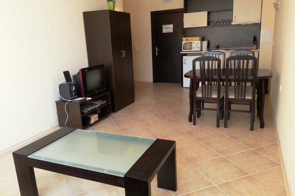 Menada Sunset Beach Apartment - фото 13
