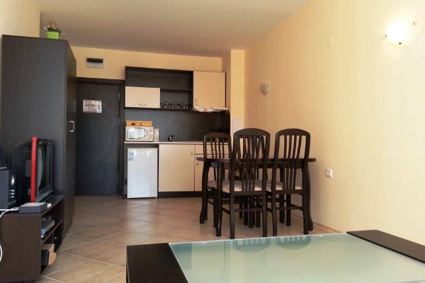 Menada Sunset Beach Apartment - фото 14