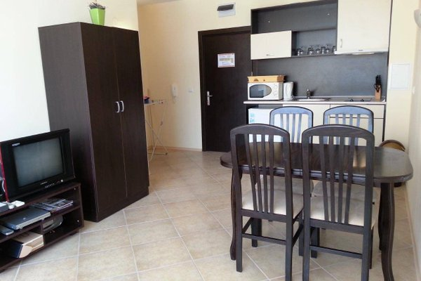 Menada Sunset Beach Apartment - фото 15
