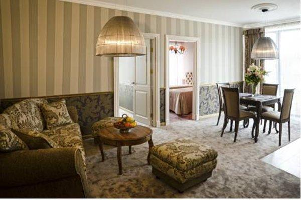 Ursula Royal Apartments - фото 11