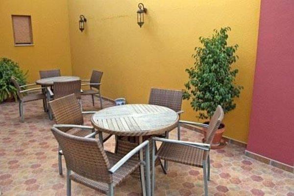 Hotel Plaza Escribano - фото 12