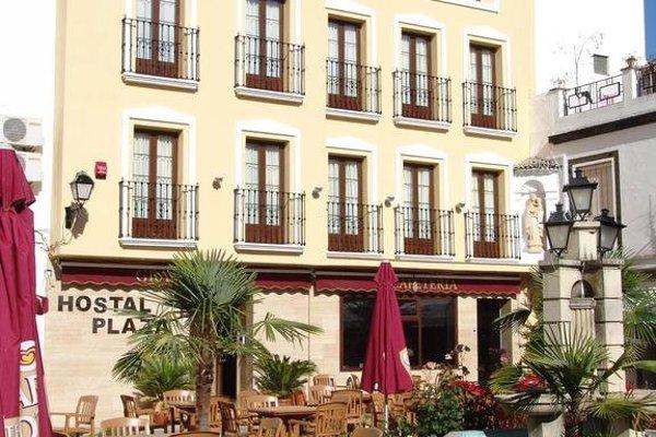 Hostal Plaza - фото 12