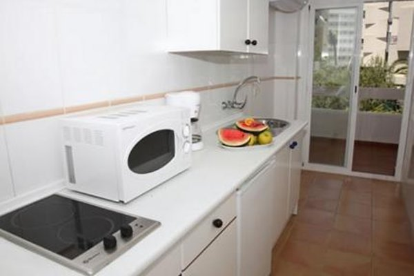 Aparthotel Puerto Azul - 10