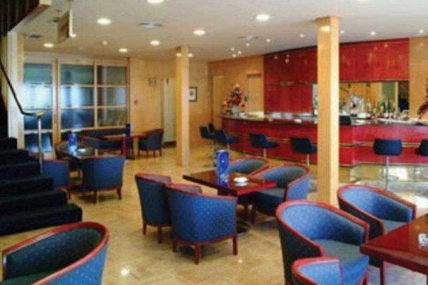Tryp Valencia Azafata Hotel - фото 16