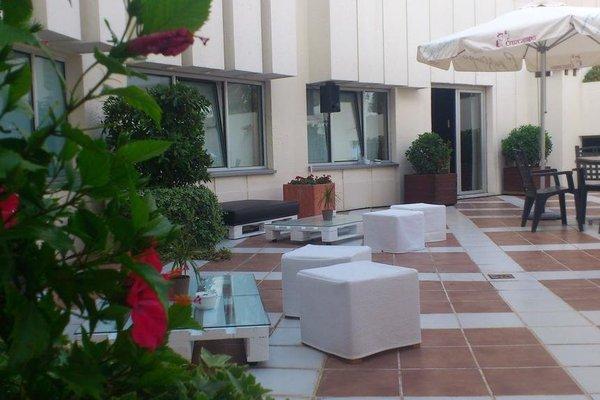 Tryp Valencia Azafata Hotel - фото 20