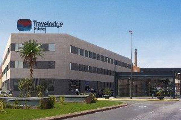Travelodge Valencia Aeropuerto - 21