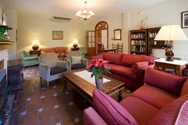 Hotel Humaina - 4