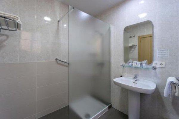 Hotel Sur Malaga - фото 12