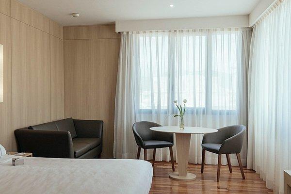 AC Hotel Malaga Palacio, a Marriott Lifestyle Hotel - фото 7