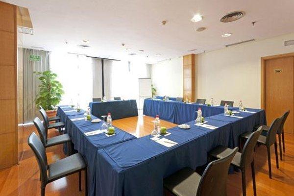 Tryp Malaga Alameda Hotel - фото 18