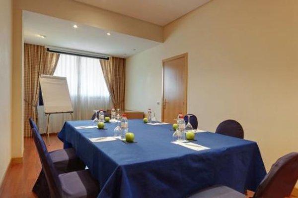 Tryp Malaga Alameda Hotel - фото 19