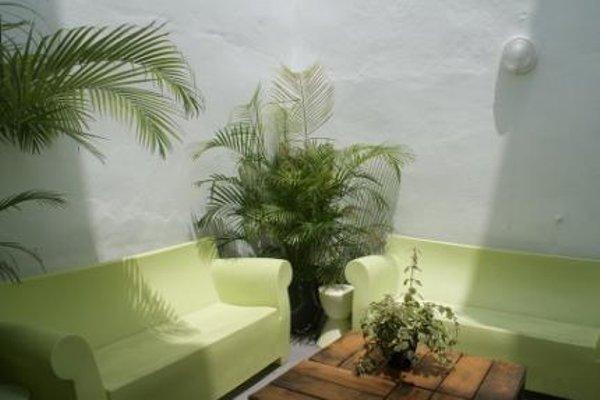 Oasis Backpackers' Hostel Malaga - фото 7