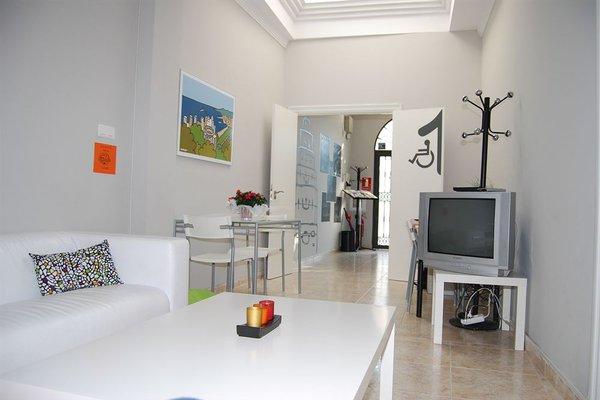 Malaga Hostel - фото 6