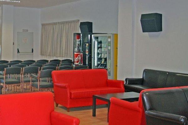 Residencia Universitaria Alfil - фото 4