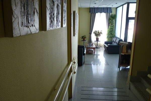 Hotel Barajas Plaza - фото 15